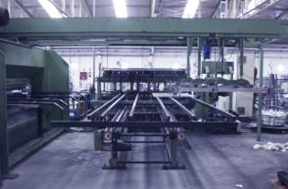 Máquina de entrelazado del metal para la creación de vallas metálicas