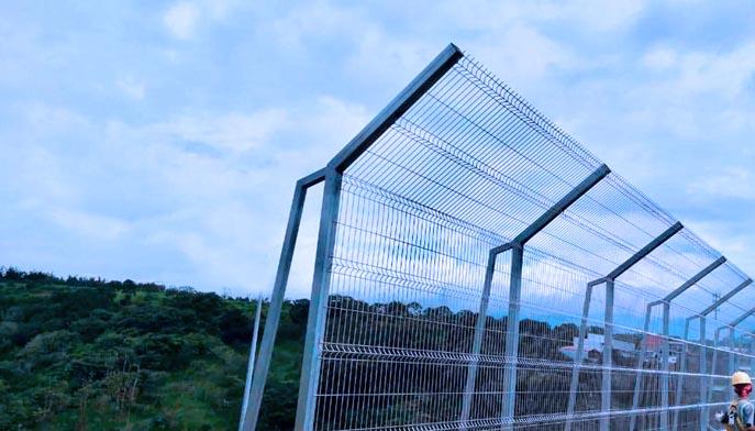 vallas metalicas puente